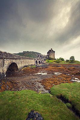 Eilean Donan Castle - p330m1477282 von Harald Braun