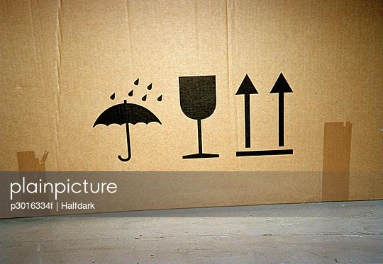 Symbols on a cardboard box