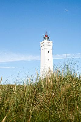 Leuchtturm in Blavand - p1078m1050891 von Frauke Thielking