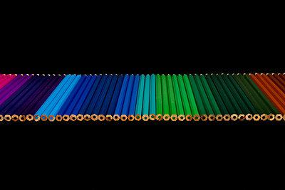 Buntstifte Reihe - p451m1586885 von Anja Weber-Decker