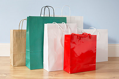 Shopping - p4640758 by Elektrons 08