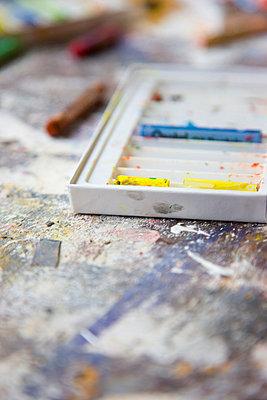 Art studio - p6690396 by David Harrigan