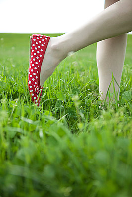 Woman in red shoes - p4541270 by Lubitz + Dorner