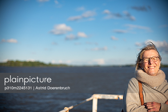 A day by the water - p310m2245131 by Astrid Doerenbruch