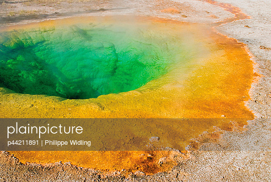 Morning Glory Pool - p44211891 by Philippe Widling