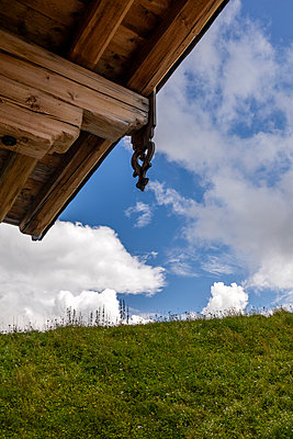 Rustic roof structure with carving, log cabin, Tyrol - p1271m2224573 by Maurice Kohl