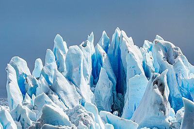 Detail of Perito Moreno Glacier, Los Glaciares National Park, Patagonia, Chile - p429m1495977 by Manuel Sulzer