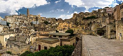 Blick über Matera - p1032m1466358 von Fuercho