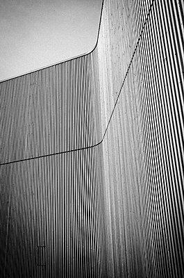 Wooden façade - p401m2207508 by Frank Baquet