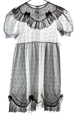 Aldmodisches Kinderkleid - p265m1169118 von Oote Boe