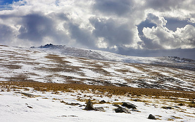 Great Links Tor and snow dusted moorland in winter, Dartmoor National Park, Devon, England, United Kingdom, Europe - p8713091 by Adam Burton