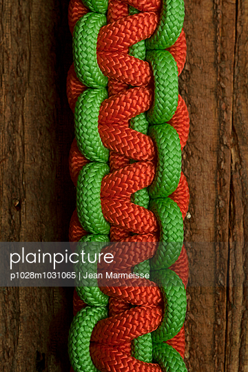Knotted Paracord climbing ropes - p1028m1031065 by Jean Marmeisse