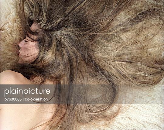 Schlafende Schönheit - p7630065 von co-o-peration