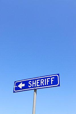 Sheriff - p0452820 by Jasmin Sander