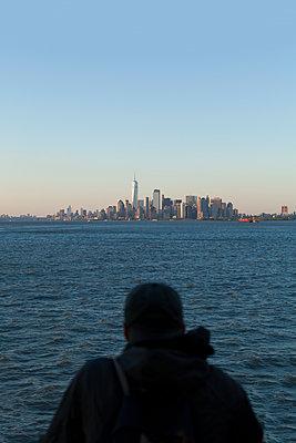 Blick auf Manhattan - p1340m2038018 von Christoph Lodewick