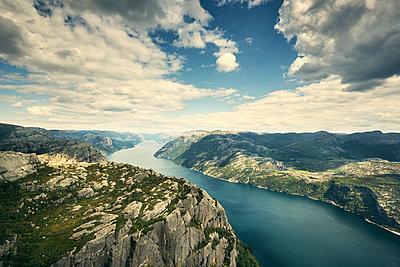 Lysefjord, Norwegen - p1200m1069674 von Carsten Görling