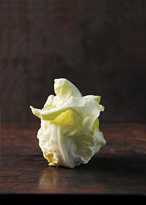 Lettuce heart - p1629m2211358 by martinameier