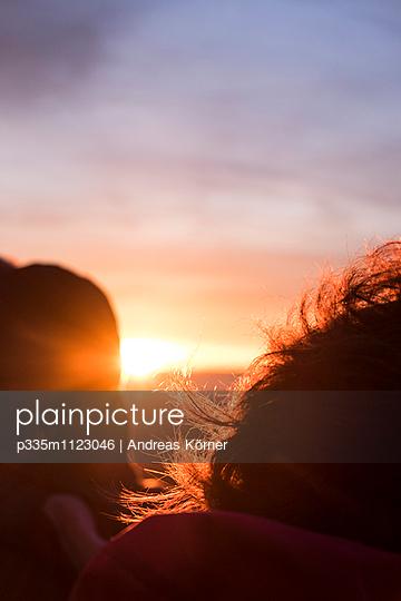 Sonnenuntergang - p335m1123046 von Andreas Körner