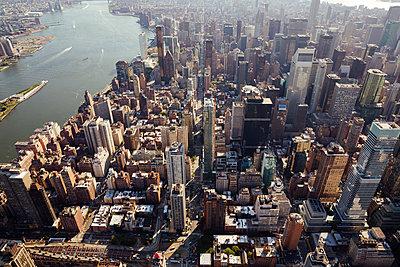 New York aus der Luft - p432m1172387 von mia takahara