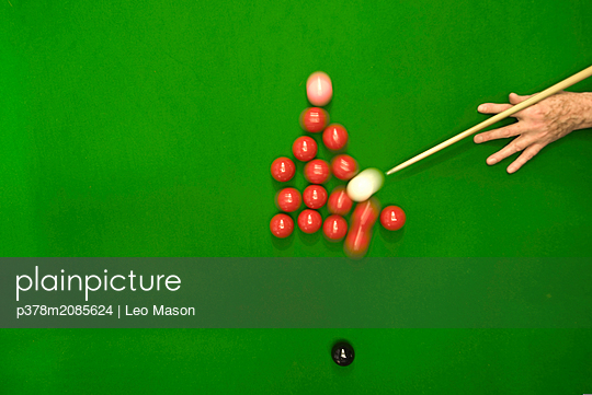 snooker table plant - p378m2085624 by Leo Mason