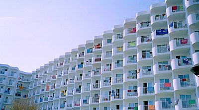 Hotelanlage - p1053m956226 von Joern Rynio