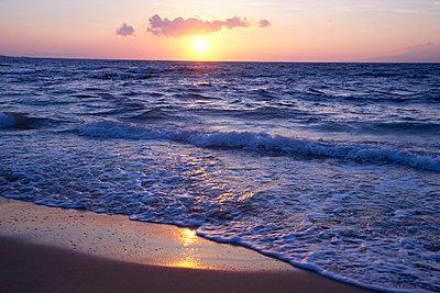 Sonnenuntergang - p1205m1020982 von Christina Anzenberger-Fink