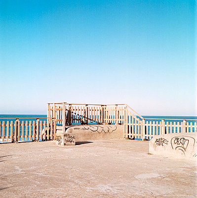 Aquitaine coast - p1113m902050 by Colas Declercq