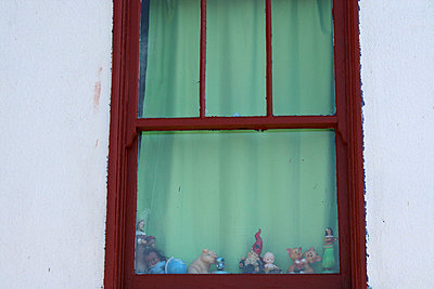 Sash window - p5780030 by Genie C Balantac