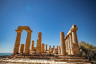 Griechischer Tempel - p550m1138389 von Thomas Franz