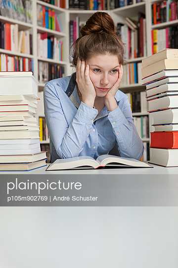 Student learning at home - p105m902769 by André Schuster