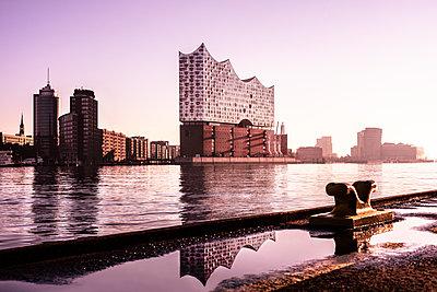 Hamburg Elbphilharmonie - p710m2065160 von JH