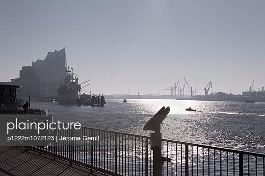 Hafen-Aussicht - p1222m1072123 von Jérome Gerull