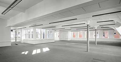 Office space at Elliot House, Manchester, Greater Manchester. - p855m664515 by Daniel Hopkinson