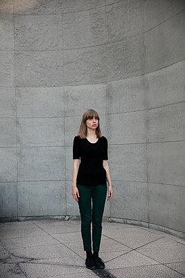 Atrium - p1212m1137055 by harry + lidy