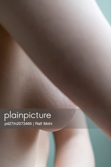 Naked woman - p427m2073466 by Ralf Mohr