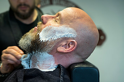 At the barber's - p427m1286524 by Ralf Mohr
