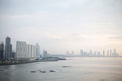 Panama City - p672m1144508 von Vanessa Chambard