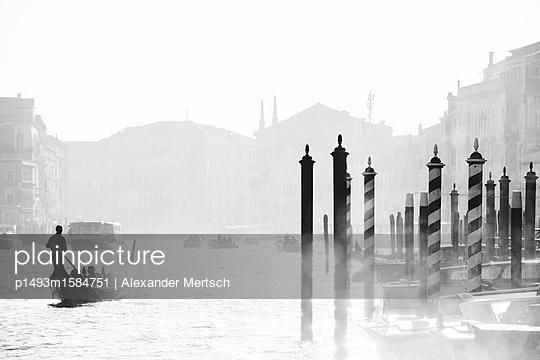 Gondelfahrt auf dem Canal Grande, Venedig - p1493m1584751 von Alexander Mertsch