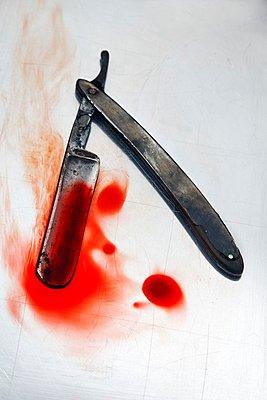 Razor blade - p238m1040507 by Anja Bäcker