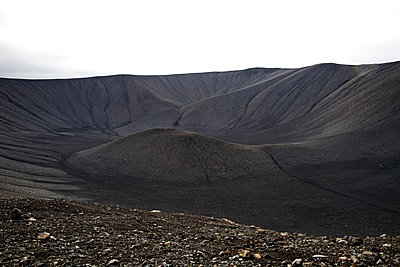Kraterlandschaft am Hverfjall - p382m1208348 von Anna Matzen
