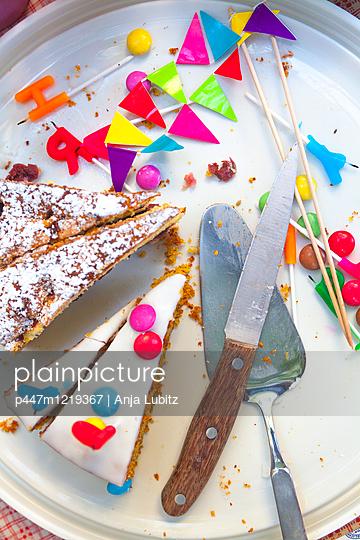 Die Party ist vorbei - p447m1219367 von Anja Lubitz