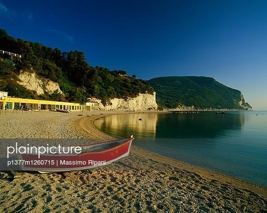 p1377m1260715 von Massimo Ripani