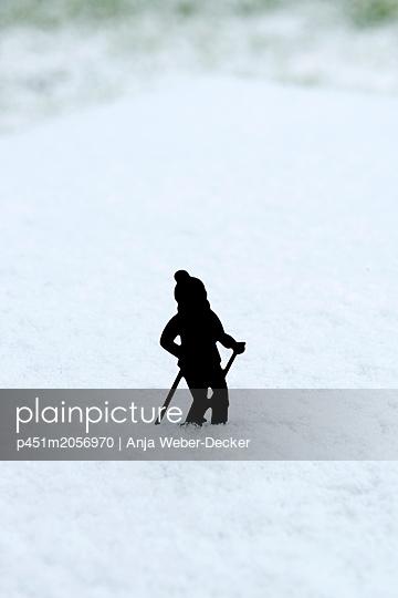 p451m2056970 by Anja Weber-Decker