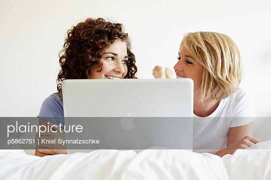 Online - p5862751 von Kniel Synnatzschke
