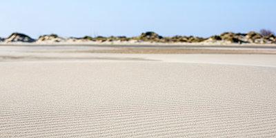 Sand lines - p1113m902014 by Colas Declercq