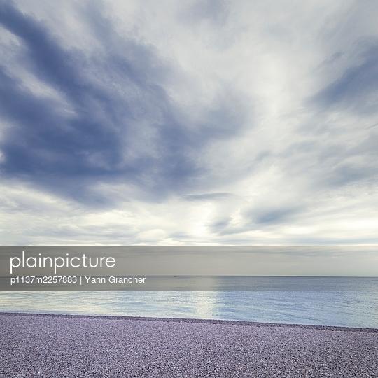 France, Normandy, Calm sea - p1137m2257883 by Yann Grancher