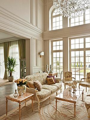 Luxury Living - Parlour II - p390m741261 by Frank Herfort