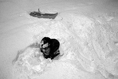 Snow - p1105m1164999 by Virginie Plauchut