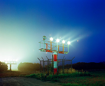 Runway lights - p1132m1017005 by Mischa Keijser