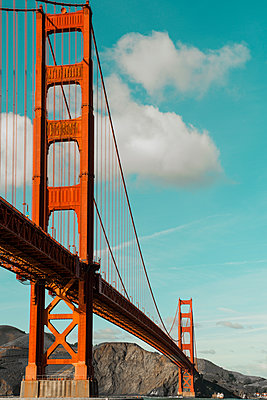 Golden Gate Bridge - p383m1333180 by visual2020vision